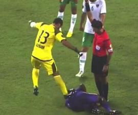 Agresión de un portero en la Liga de los Emiratos Árabes