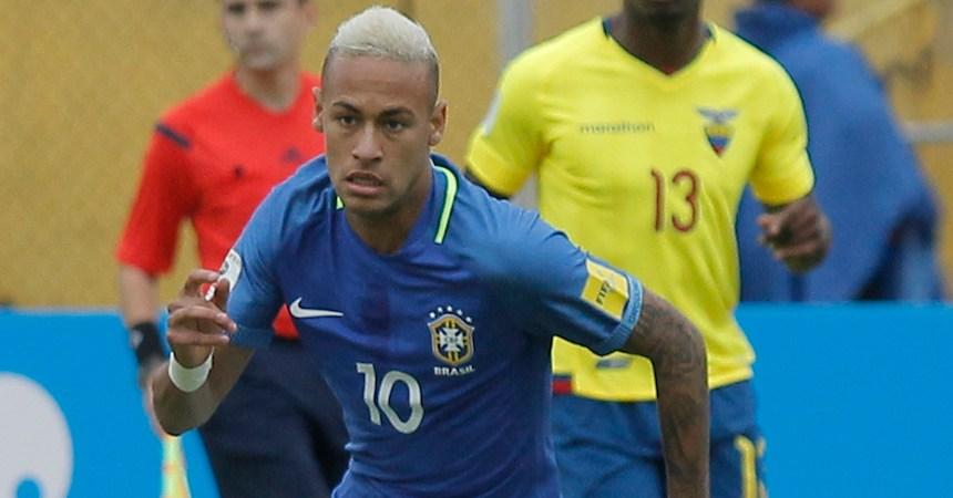 Aficionados interrumpieron el entrenamiento de la Selección de Brasil.