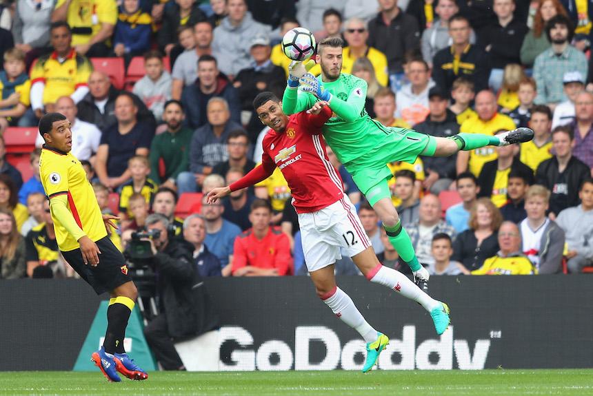 una mala salida de David de Gea casi le cuesta el gol al United