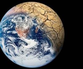 Calentamiento global - Tierra en desertificación.