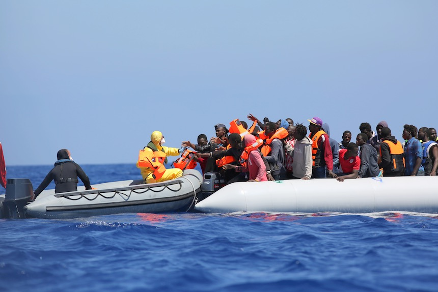 Refugiados-sirios-bote-rescate