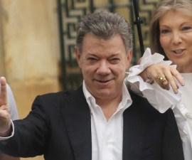 Juan Manuel Santos, presidente de Colombia, busca un pacto para salvar acuerdo de paz en su país