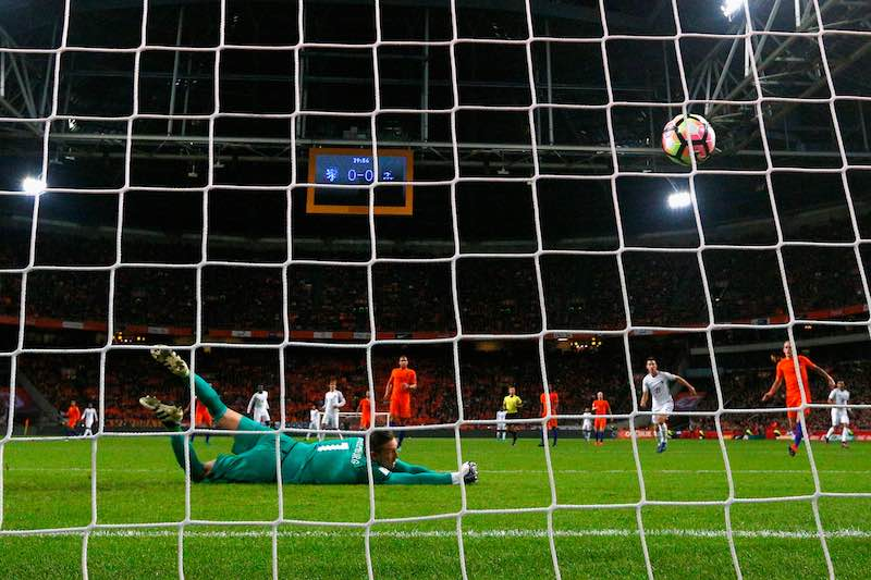 Paul Pogba tiro contra Holanda