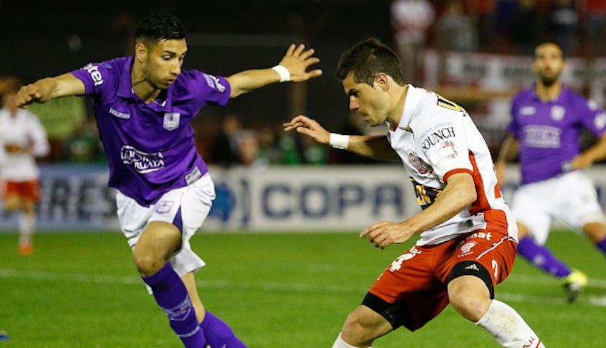 Huracan v Defensor Sporting - Copa Sudamericana 2015