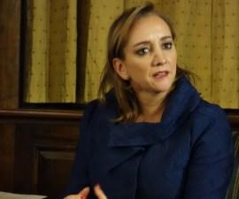 Claudia Ruíz Massieu
