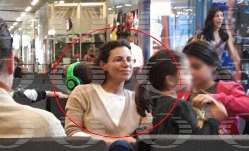 Captan a Karime Macías, esposa de Javier Duarte, en el aeropuerto
