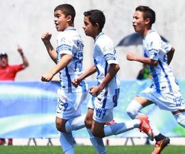 Niños de la Sub 13 de Pachuca