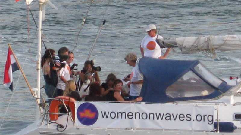 El barco Women on Waves