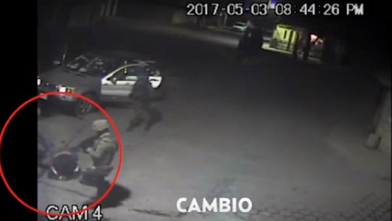 Momento en que policía militar ejecuta a civil