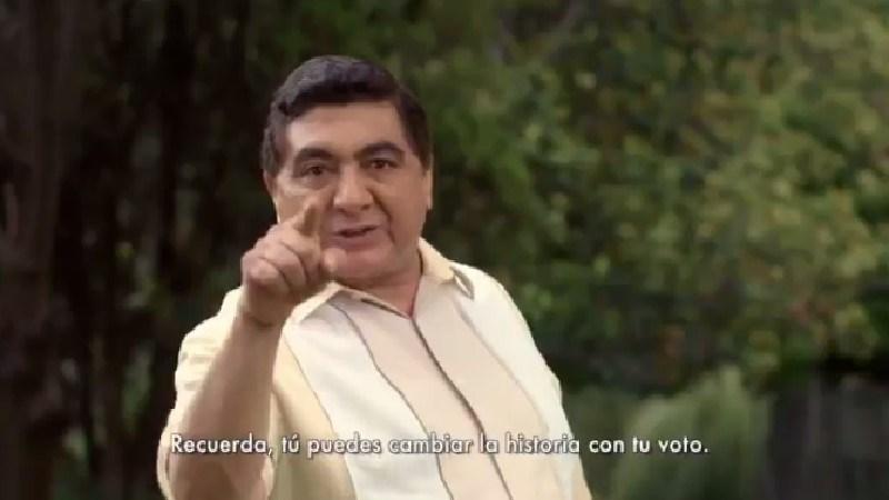Imagen del spot de Morena en que aparece Carlos Bonavides