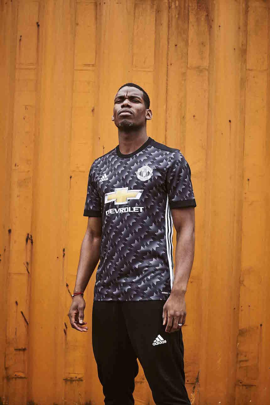 Manchester united presenta su uniforme de visitante para for Manchester united exterieur 2017