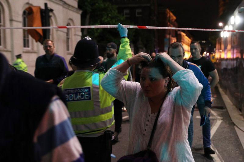 Gente evacuada tras ataque en London Bridge Londres