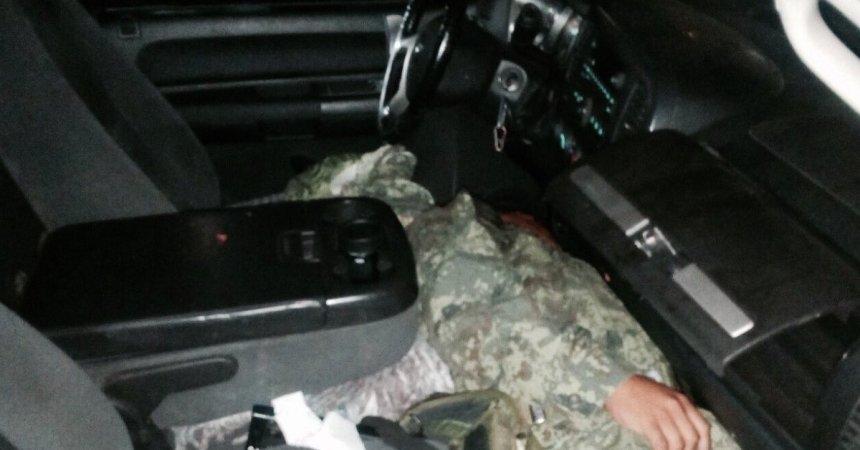 militar asesinado y abandonado en camioneta
