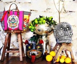 Bolsa Louboutin con bordado maya