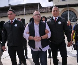 Javier Duarte de Ochoa, exgobernador de Veracruz, es extraditado a México