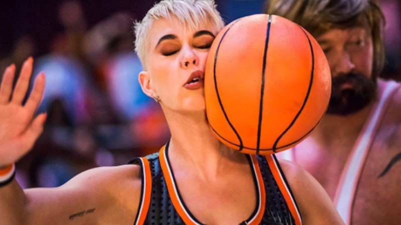 Katy Perry video Swish Swish