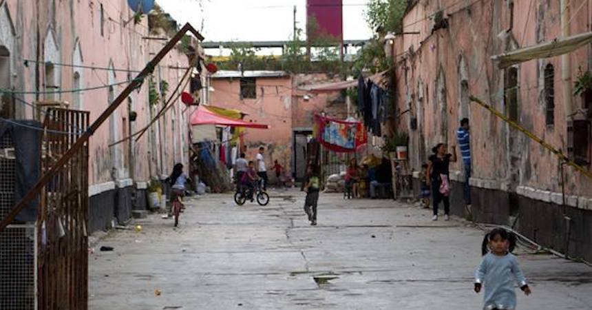Los niveles de pobreza bajaron durante 2016, de acuerdo con el Coneval