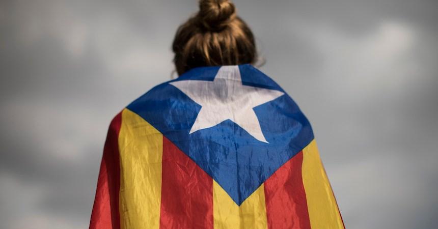 Cataluña declara su independencia
