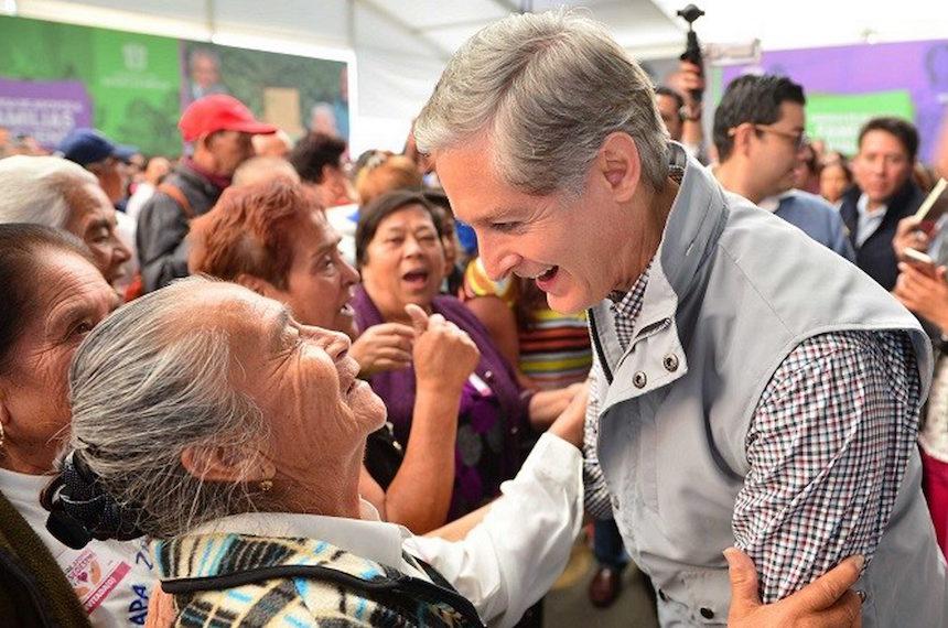 Alfredo del Mazo, gobernador del Estado de México
