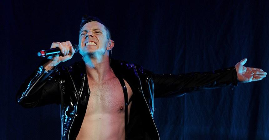 """No podrás dejar de bailar con """"Creep City"""", el debut como solista de Jake Shears de los Scissors Sisters"""