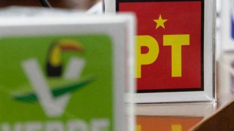 PVEM y PT Logos