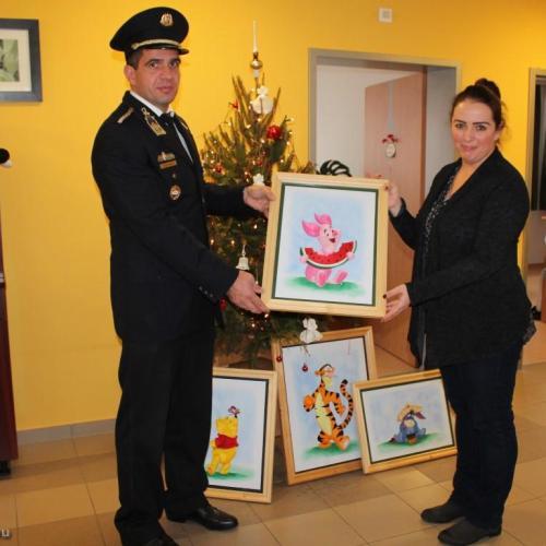 Ajándék a gyermekeknek a Sopronkőhidai Fegyház és Börtönből