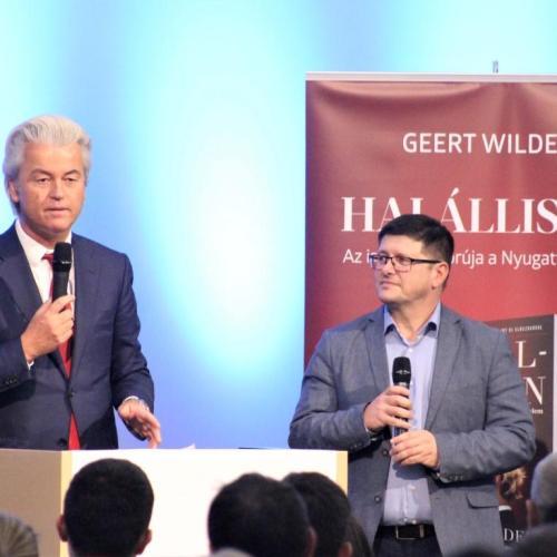 Sopronban járt Geert Wilders, akinek a fél muszlim világ a fejét követeli!