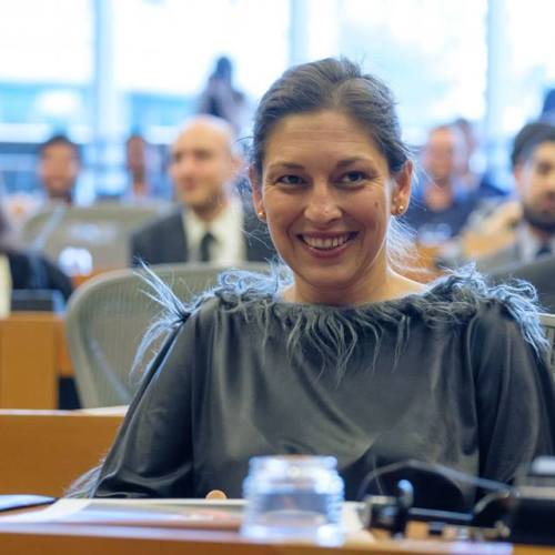 Járóka Lívia: Az üzleti világ segíthet a szegények és a romák felzárkóztatásában