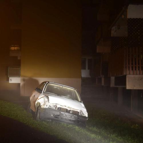 Ital és drogfogyasztás után egy lopott kocsival randalíroztak Sopronban