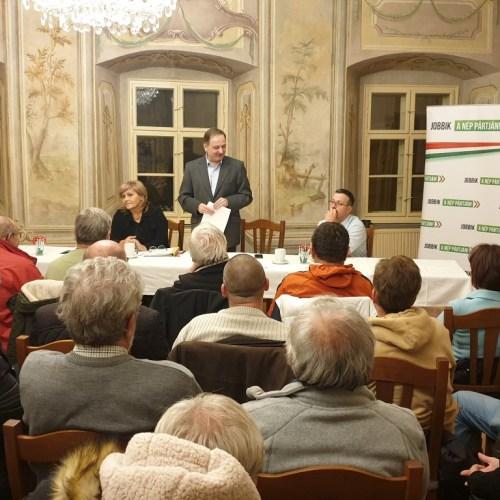 Dr. Brenner Koloman lakossági fórumán a Fertő tavi fejlesztések voltak a célkeresztben!