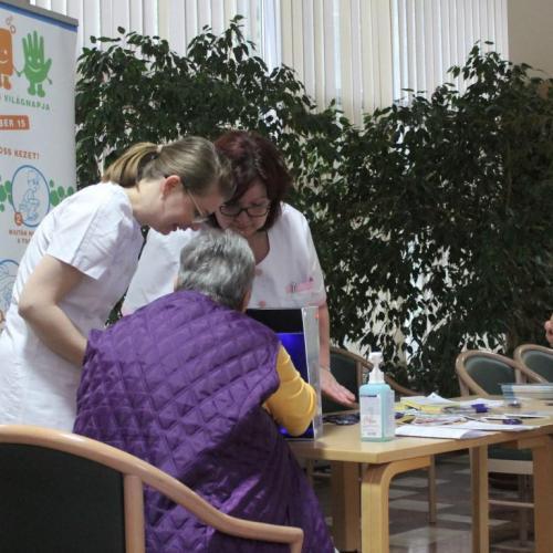 A kézhigiénia fontosságára hívta fel a figyelmet a Sopron Gyógyközpont
