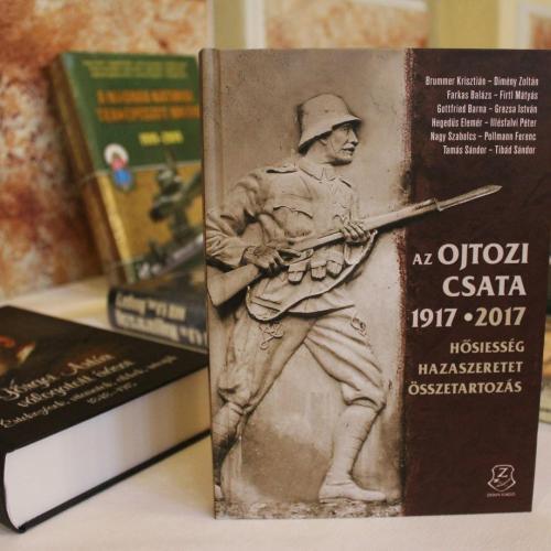 Megjelent a könyv, amely a soproni honvédek hősiessége előtt tiszteleg