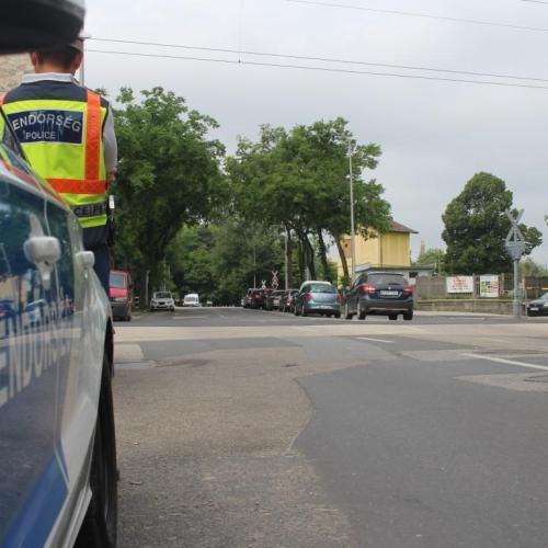 Halálos baleset a Kossuth Lajos utcai vasúti átjáróban