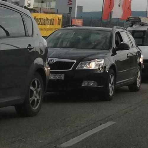 Közlekedési káosz Sopronban! Az osztrák adóhivatal razziázott a határon!