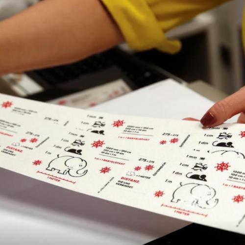Koronavírus: Vécépapírból gyártott bélyeget dob a piacra az osztrák posta