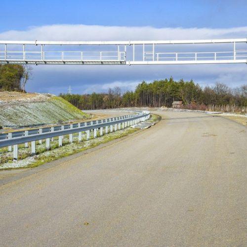Bevárja a Mély út fejlesztését az M85-ös újabb szakaszainak átadása