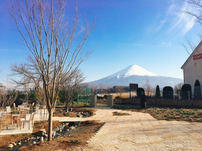 Fuji Oishi Hanaterrace – Shopping, Cafe, and enjoy views of Mt.Fuji