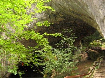 Otra vista de la cueva del akelarre