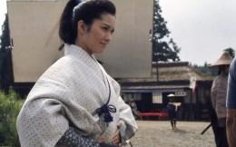 Reiko (Keiko Matsuzaka) disguisded as a Samurai