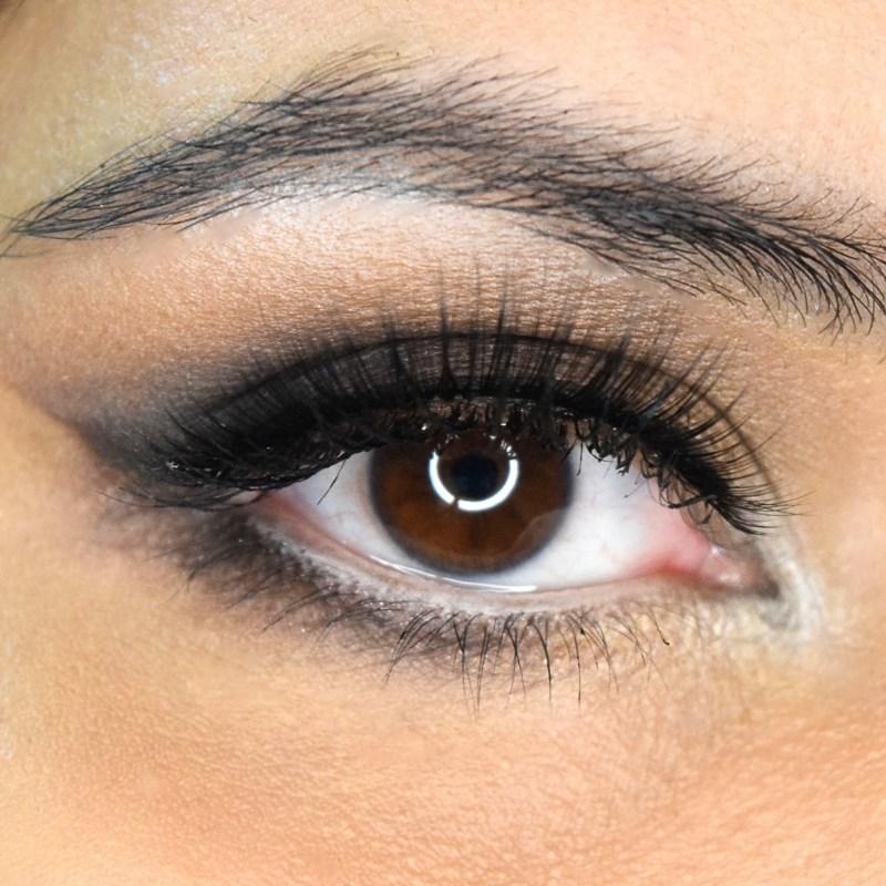 Simple Glamorous Beginner Eyemakeup Look
