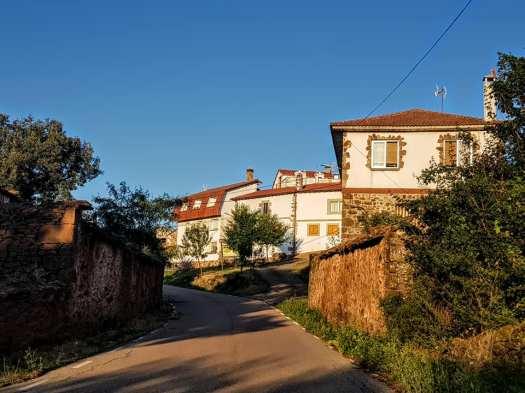 Entrada a Villar del Ala