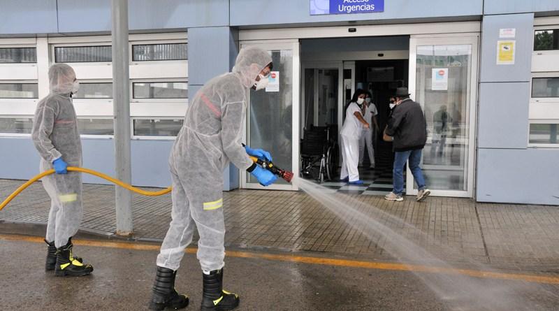 La UME desinfecta los puntos sensibles de la capital
