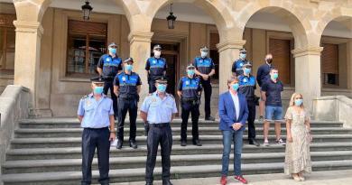 Carlos Martínez pone en valor el papel de proximidad de la Policía Local durante la pandemia en la toma de posesión de siete nuevos agentes