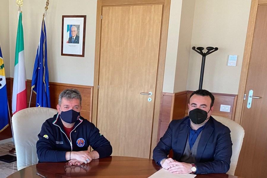 Il commissario Cataldo Calabretta incontra il presidente Nino Spirli e66753e7 95bc 4d47 b6a6 c681b68df2ab