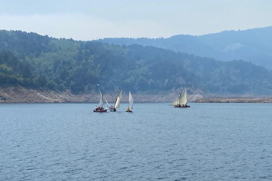 La prima regata storica sulla diga del Menta 4a5427d3 552d 4582 a98e 3d1de0760928