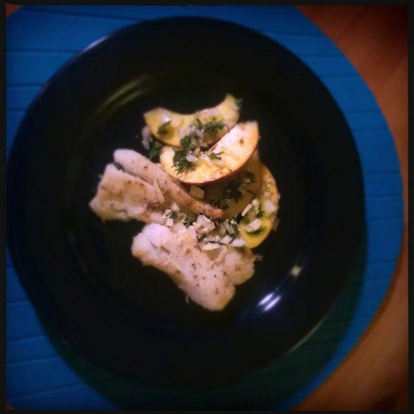 Filet de halibut cu piersici si cimbru