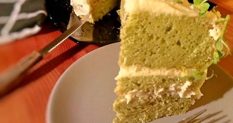 Tort cu mazare, vanilie si crema de unt cu lime