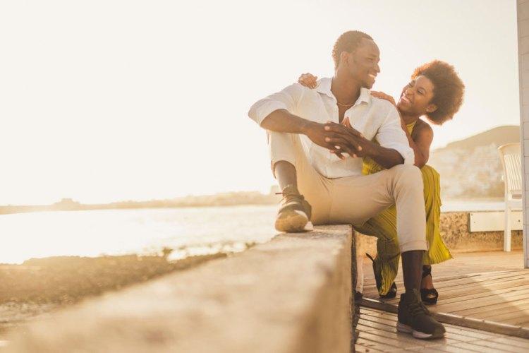 Comment passer du célibat à une relation durable ?