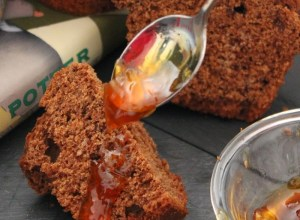Muffin al cioccolato fondente con marmellata d'arance