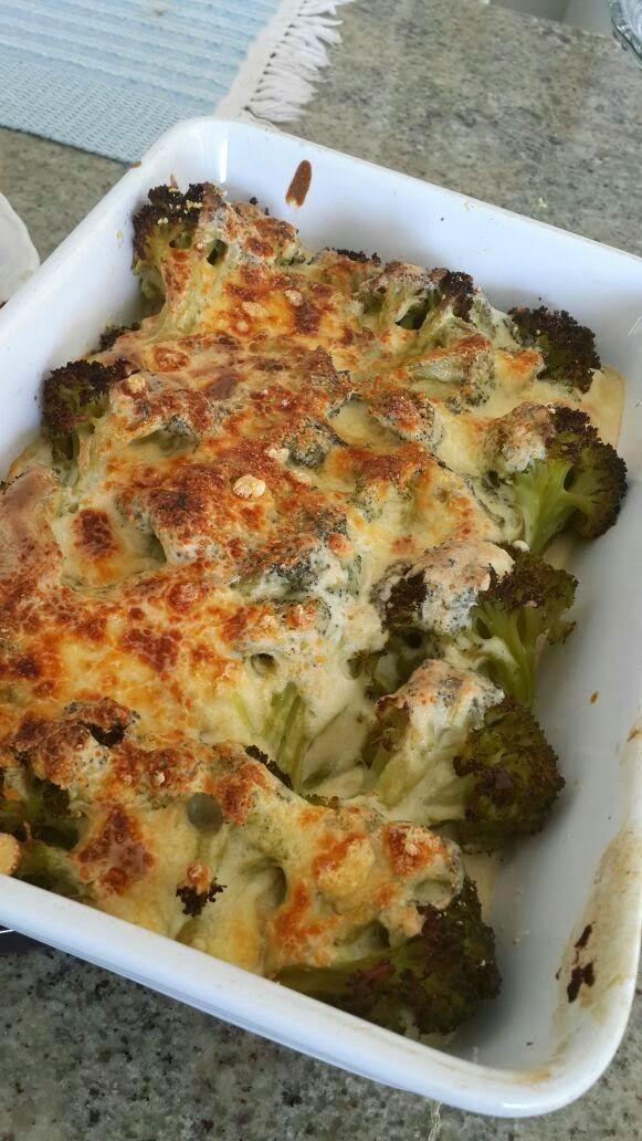 brócolis com molho branco